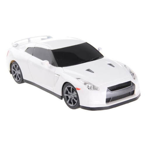 1:24 Nissan GT-R